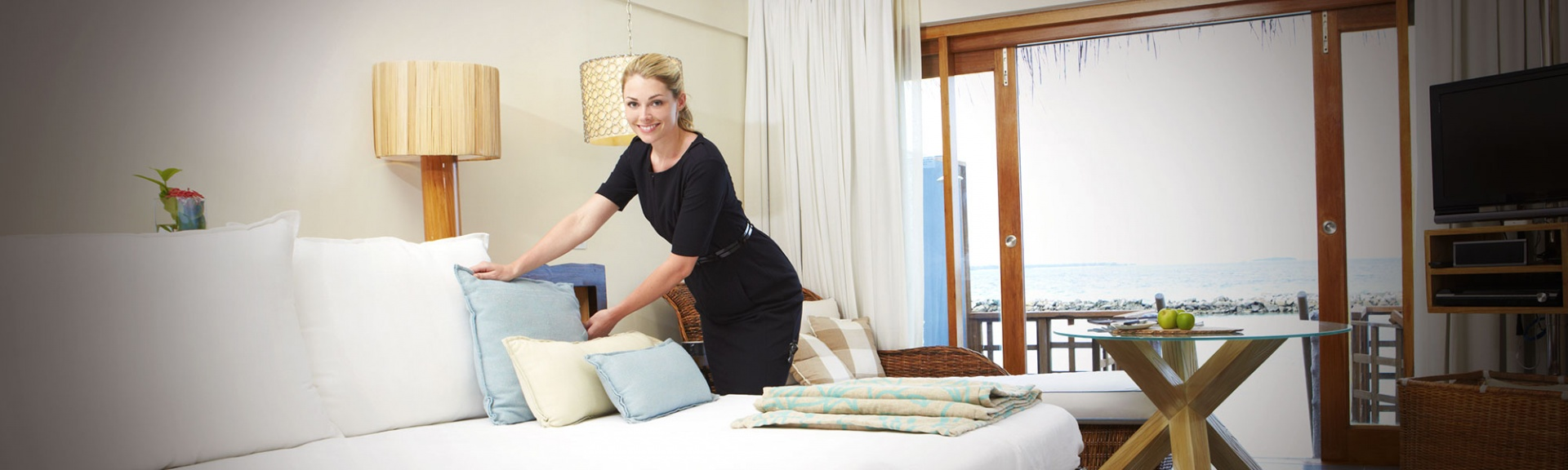 Housekeeping-manager.jpg
